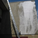 Stucco Exterior Wall 2 With Foaming Soap & Algaecide Pre-treatment
